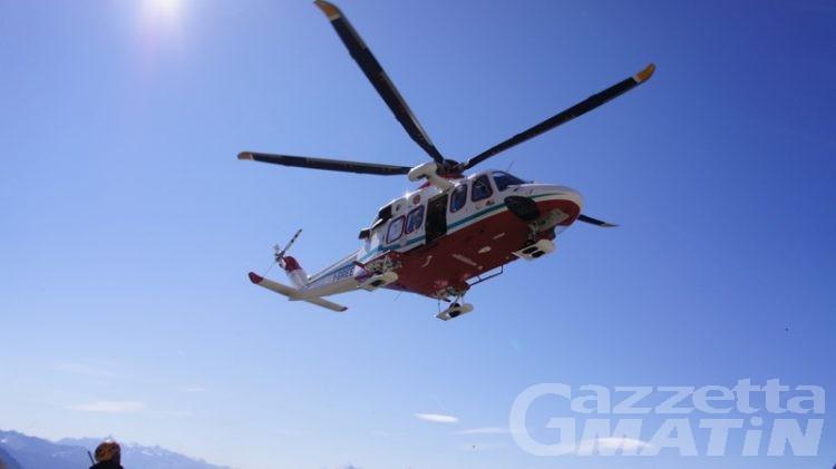 Incidente sul lavoro a Courmayeur: operaio finisce in ospedale