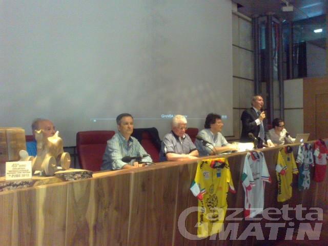 Ciclismo: il Giro 2012 parte e arriva a cronometro
