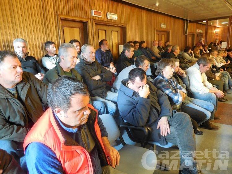 Consiglio Valle: la Regione  ribadisce l'esternalizzazione dei cantieri forestali
