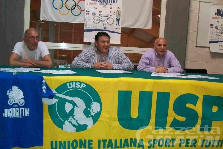Domenica 11 torna Bicincittà; l'appello della UISP: «iscrivetevi, non per i cinque euro ma per la tutela assicurativa»