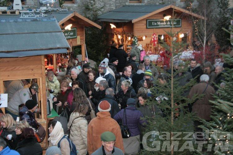 Rubate le sculture del Marché Vert Noël