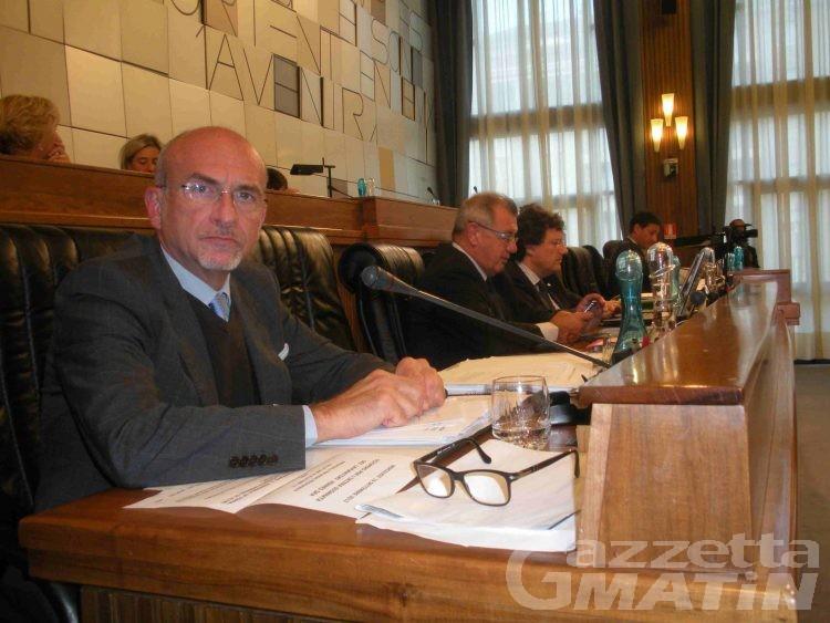 Bilancio, La Torre: «Scendiamo in piazza contro Monti»