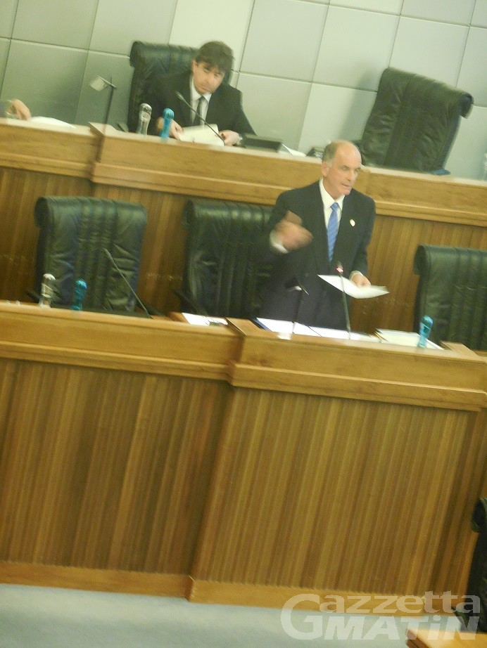 Consiglio Valle: il presidente Rollandin, «Pronto al dialogo ma non sia tra sordi»