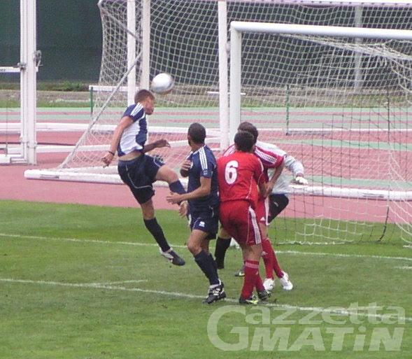 Calcio: il St-Chri VdA ne fa quattro all'Aquanera