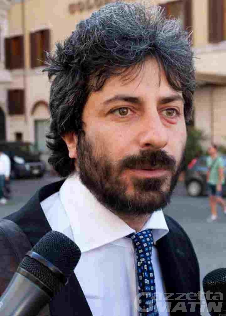 Serata sull'informazione politica in Rai: forfait del deputato Fico; «mi batto per la trasparenza, ad Aosta non ci vengo»