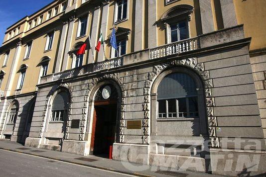 Mobbing all'impiegata: condannato commercialista di St-Vincent