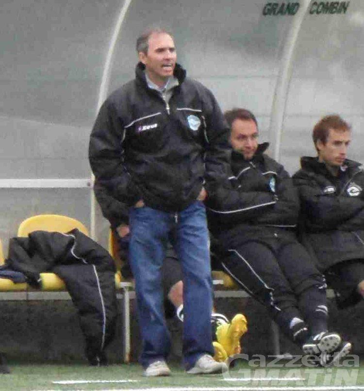 Calcio: a Sarre salta la panchina di Albert Rassat