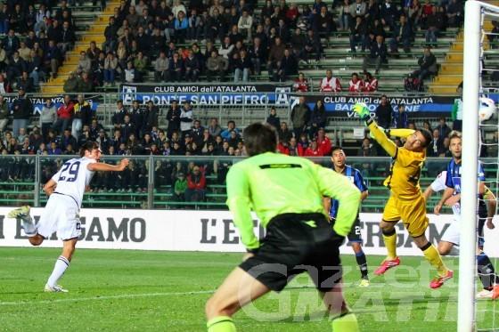 Calcio: il primo gol rossoblu di De Ceglie non basta al Genoa