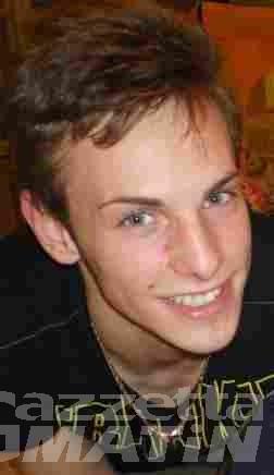 Trattore nella scarpata a Ozein, muore un 17enne di Aymavilles