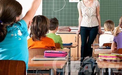 Scuola: sul «no» al modello plurilingue, l'Italia dei Valori parla di «scelta incomprensibile» da parte dell'assessore