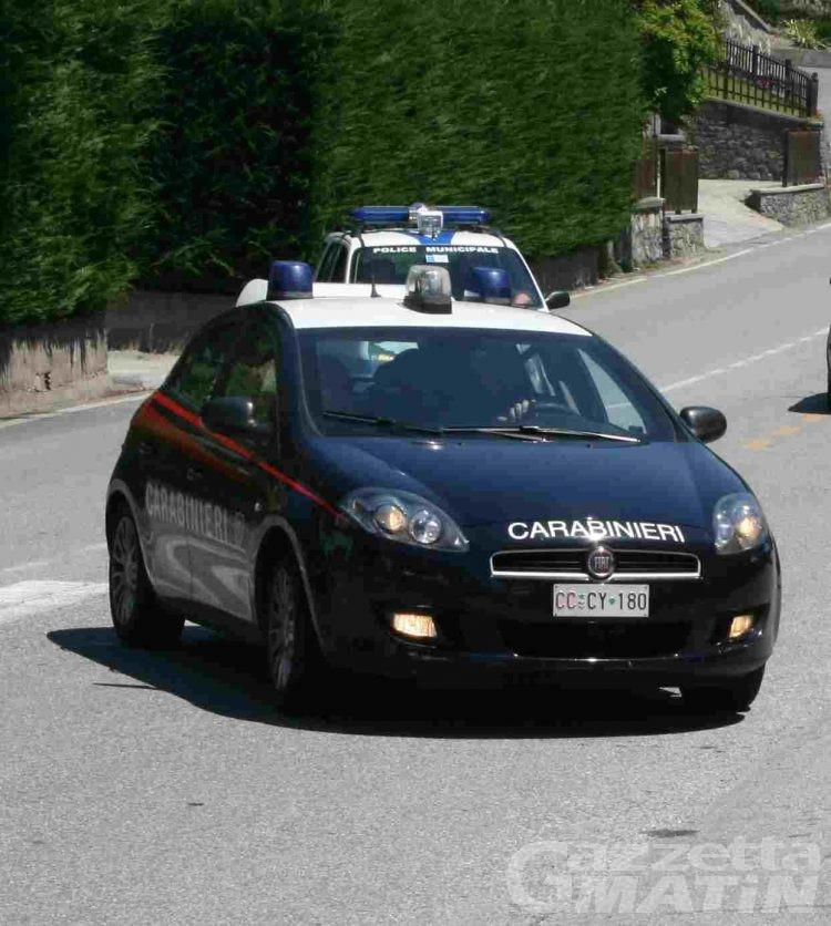 Estorsione: concessi i domiciliari ai due arrestati a St-Vincent