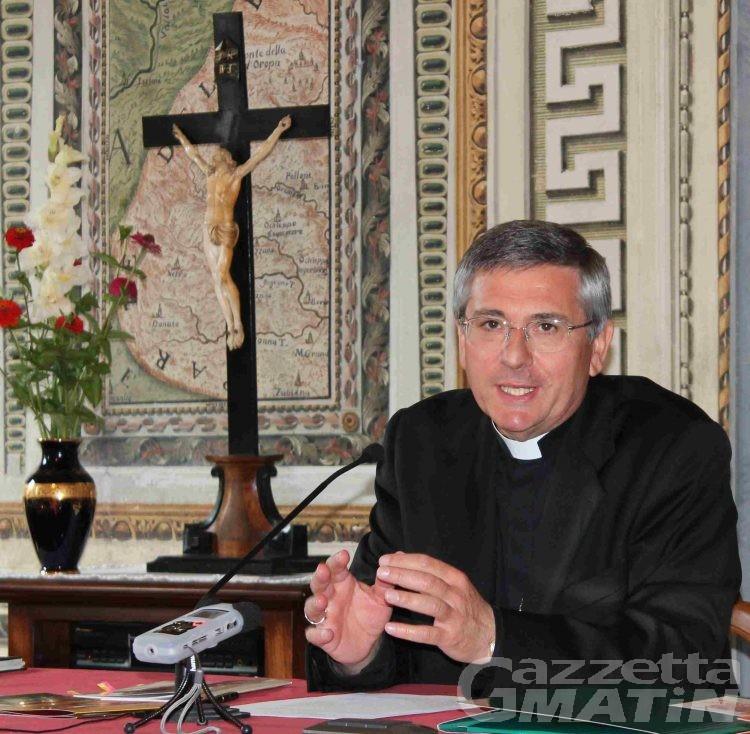 Chiesa: il Vescovo incontra i giovani della diocesi, «l'incontro con Cristo, scatena nuove energie nel cuore e nella mente»