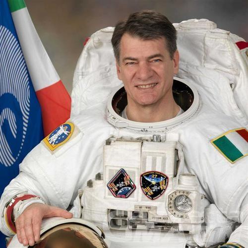 L'astronauta Nespoli ospite alla scuola media Saint-Roch