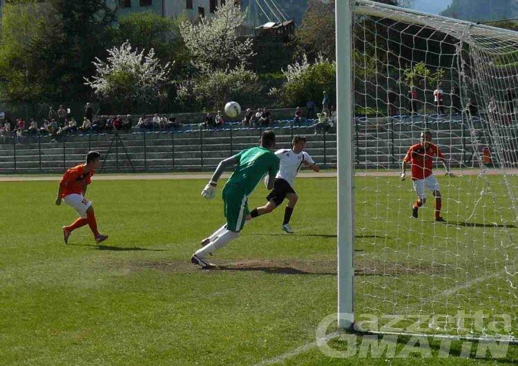 Calcio: il VdA espugna Alba, vince l'Aygre, pari dello Charva