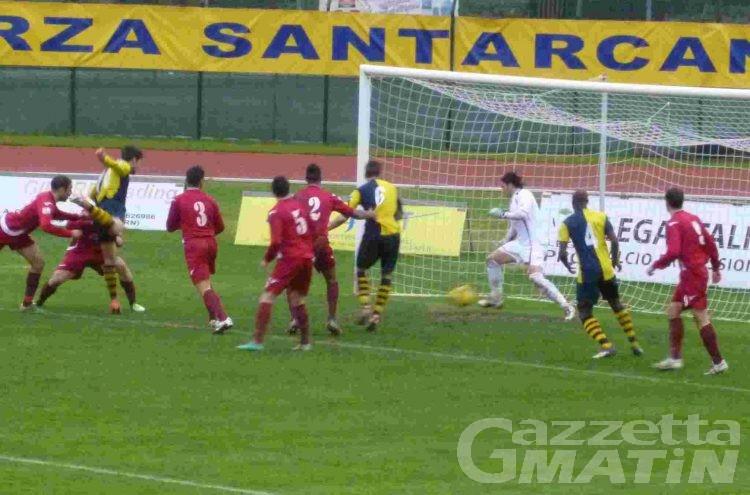 Calcio: un irriconoscibile Vallée d'Aoste travolto a Santarcangelo