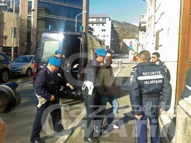 Estorsione: taglieggiava barista, arrestato Santo Mammoliti
