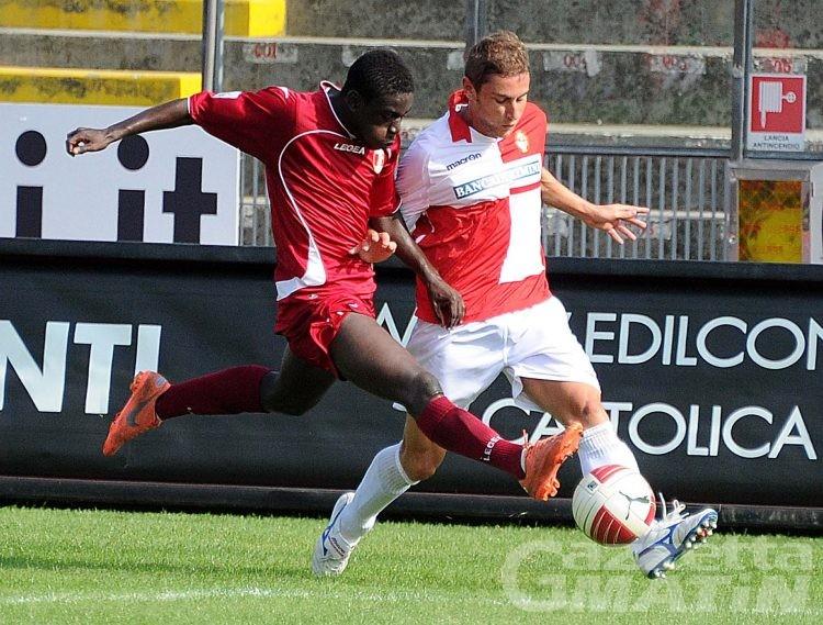 Calcio: a Busto Arsizio il VdA ritrova Emiliano e Kanouté; out Panepinto