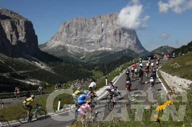 Ciclismo: i valdostani all'attacco delle Dolomiti