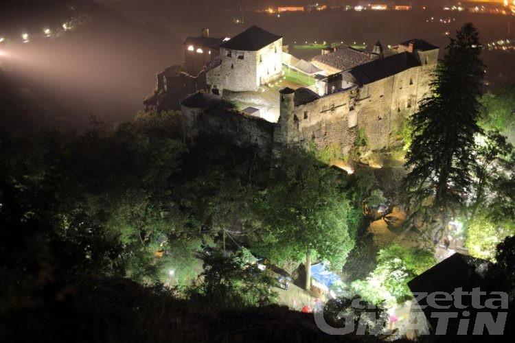 Quart, 140 mila euro per il restauro dei dipinti del donjon del maniero