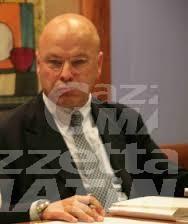 """Economia, l'appello del presidente della Chambre: """"le imprese tornino a investire"""""""