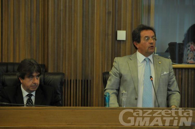 Case popolari: passa all'unanimità mozione su emergenza abitataiva