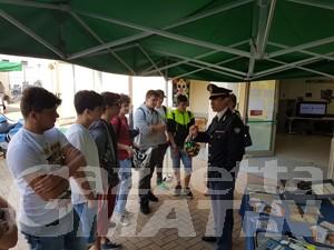 Legalità: studenti a lezione con forze dell'ordine e associazioni