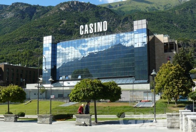 Casino de la Vallée: protesta della Giunta che chiede la riapertura