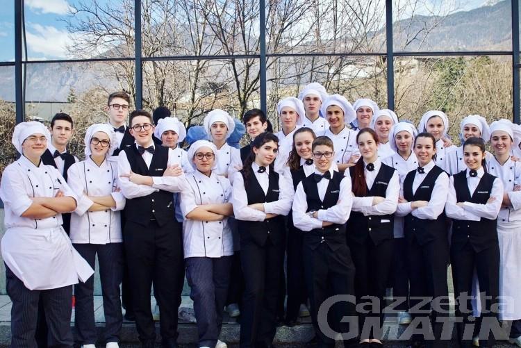 Skyway Monte Bianco, cena di gala con i ragazzi dell'Ipra