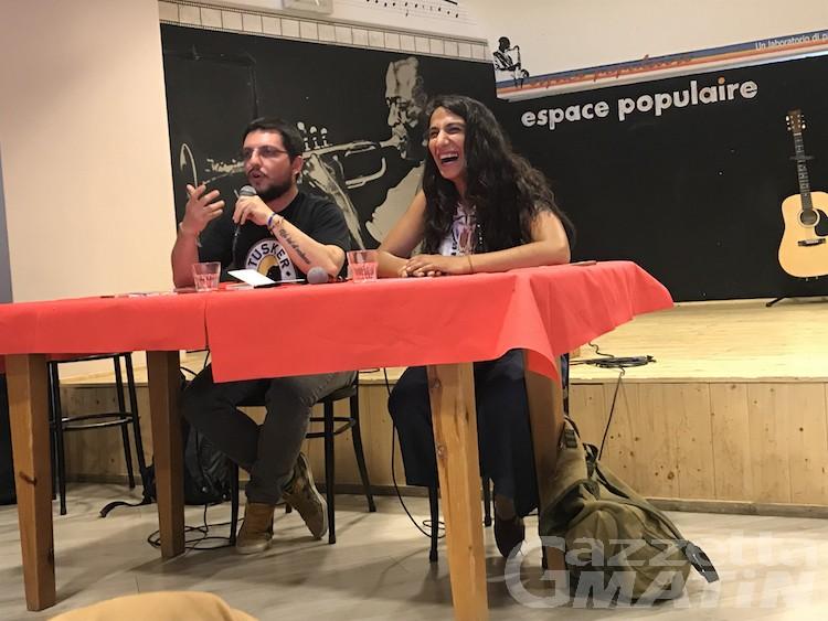 L'uragano Ezel Alcu travolge l'Espace populaire