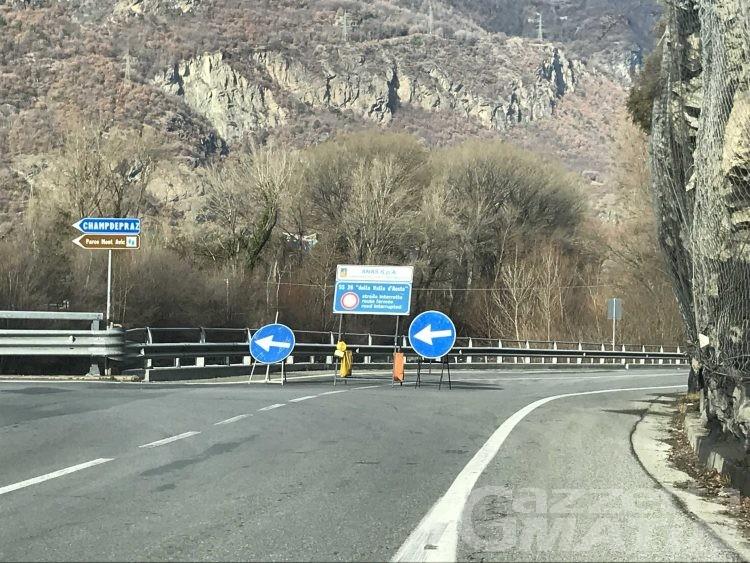 Viabilità, riapre la strada statale 26 a Verrès