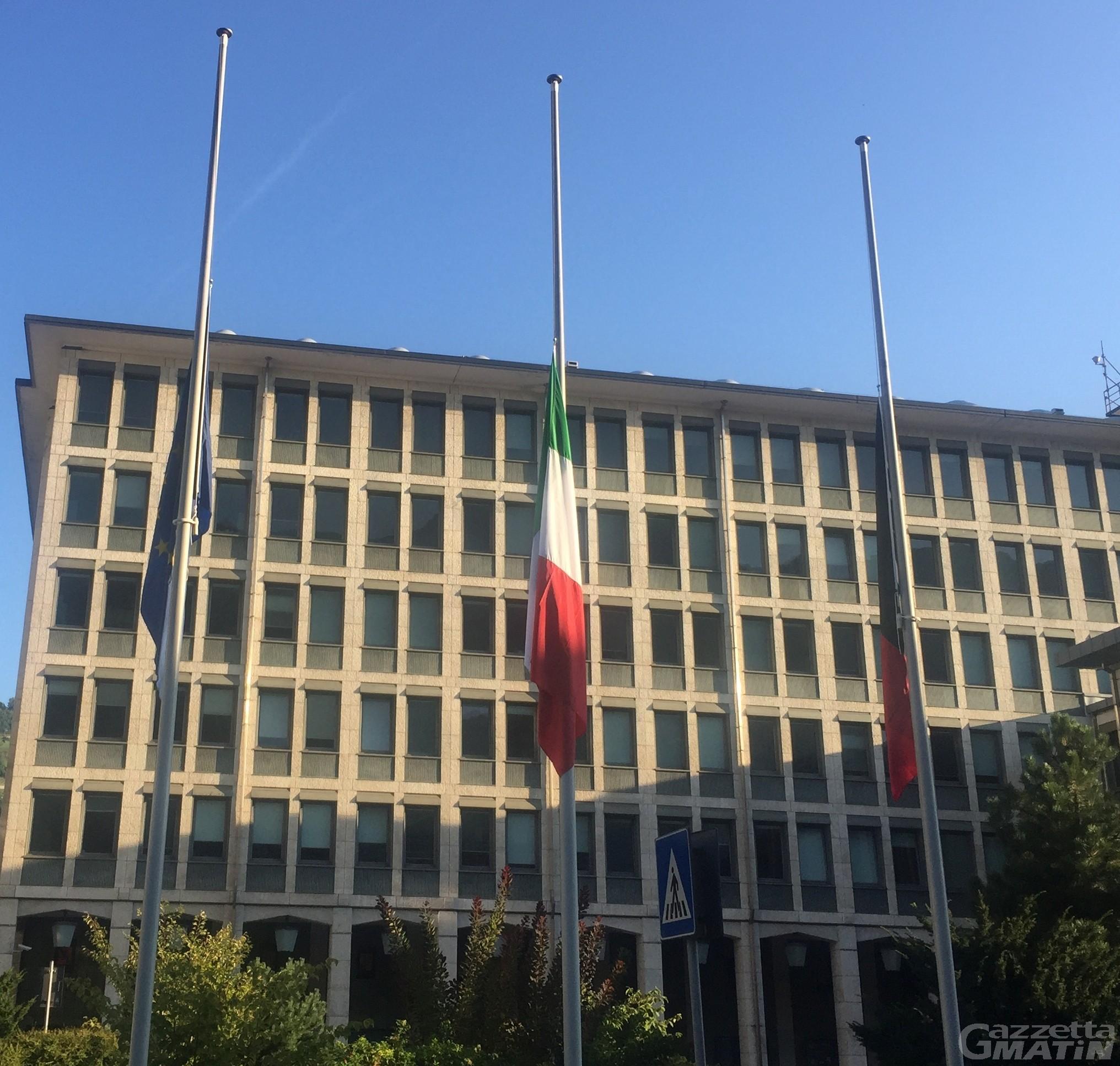 Crollo ponte Morandi: la Valle in lutto per Genova