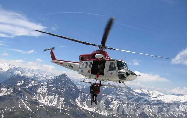 Incidenti di montagna: recuperati due alpinisti bloccati sul Dente del Gigante