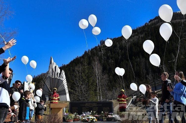 Rogo Tunnel del Monte Bianco tra celebrazione e braccio di ferro