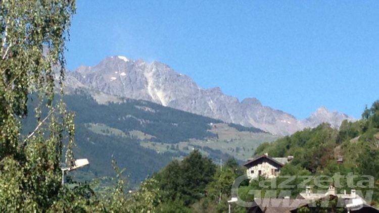 Montagna: crollo di materiale roccioso sul Mont Velan