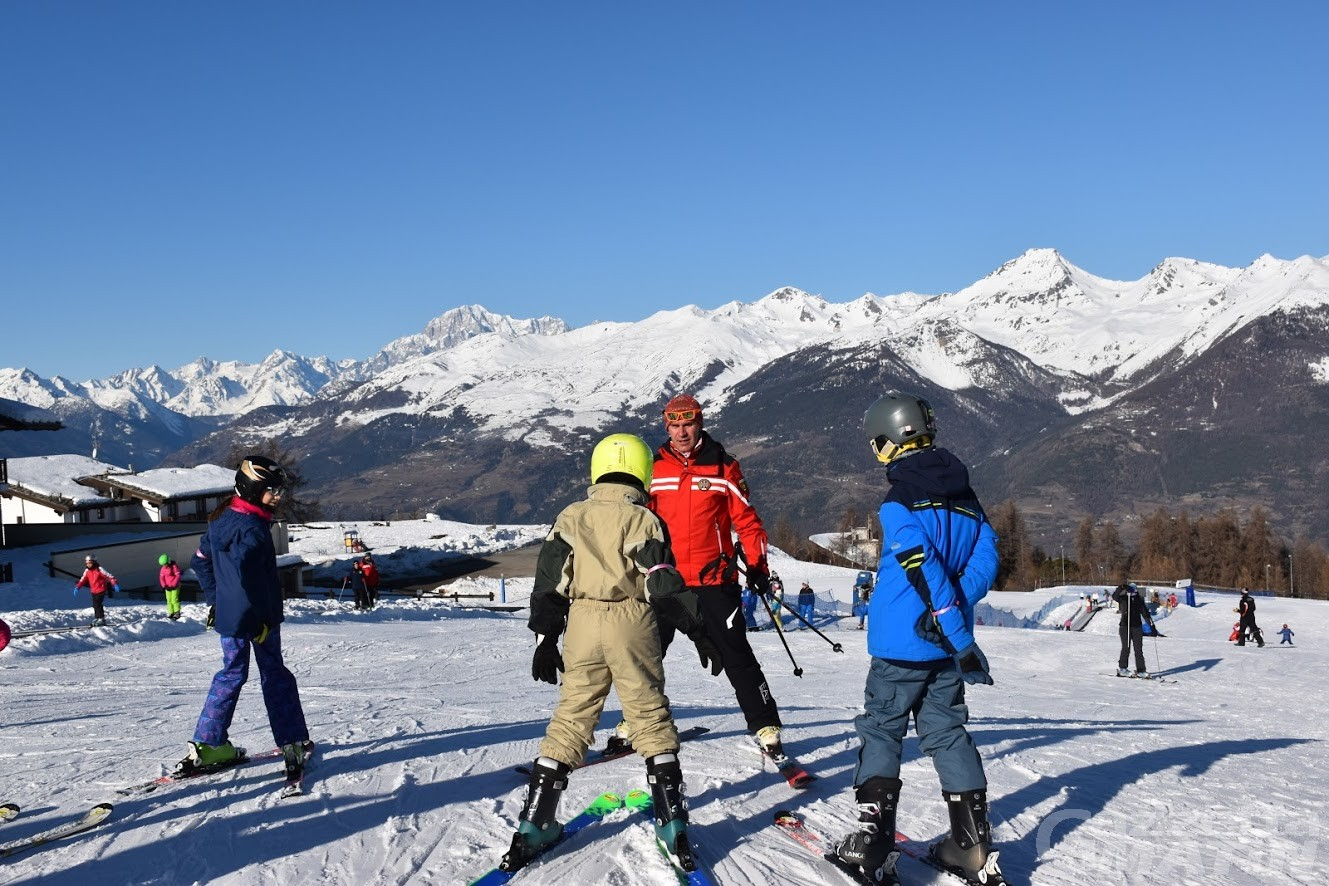 """Sci a Natale: Governo per il """"no"""", le Regioni alpine chiedono apertura in sicurezza"""