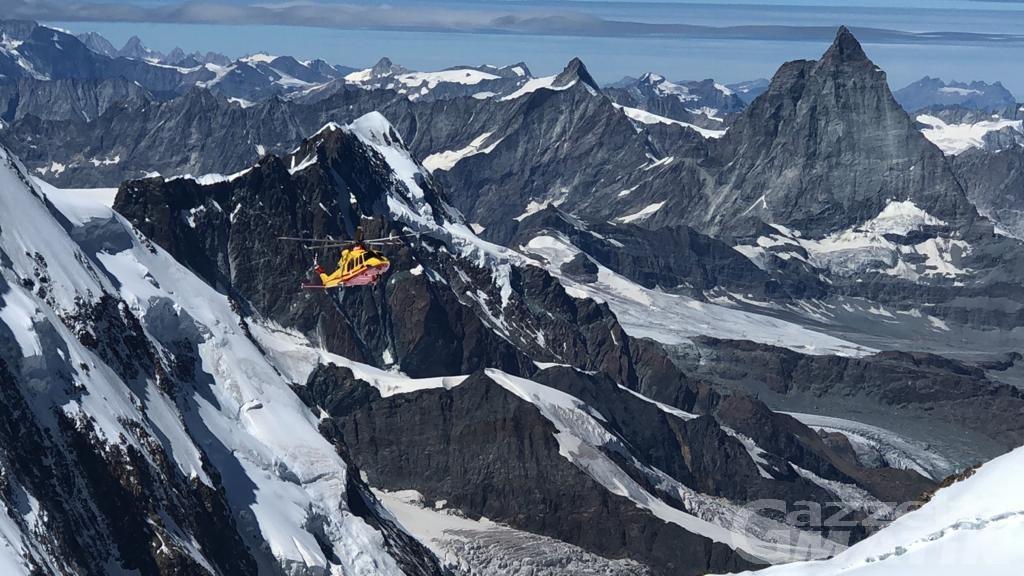 Gressoney-La-Trinité: alpinista si frattura una gamba, interviene il SAV