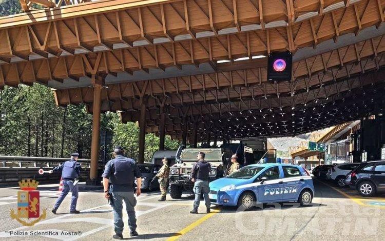 Traforo Monte Bianco, 7 arresti in una settimana per immigrazione clandestina