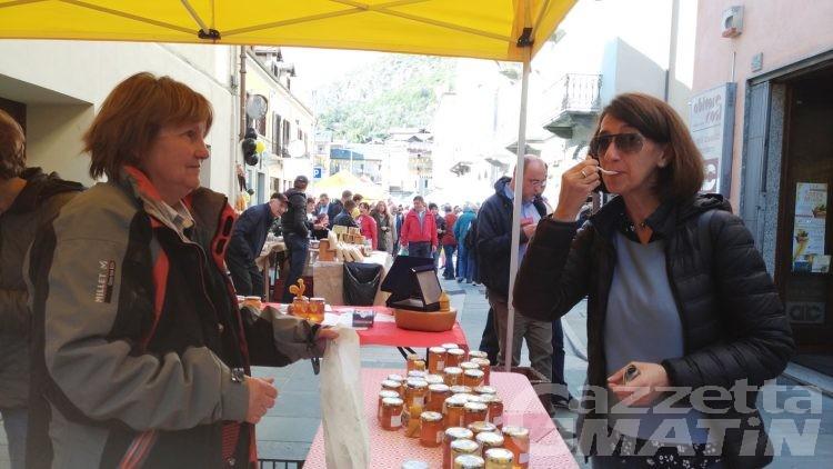 Châtillon: annullata la sagra del miele e Château Miel al castello Gamba