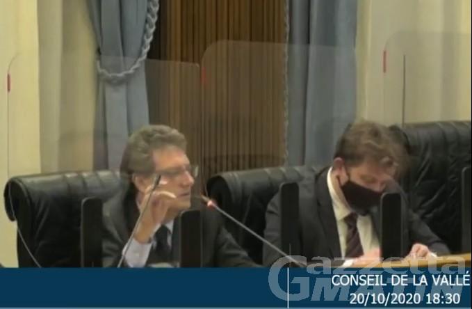 Crisi di governo, Marguerettaz  a Minelli (Uv): «Lei integralista sui dossier»