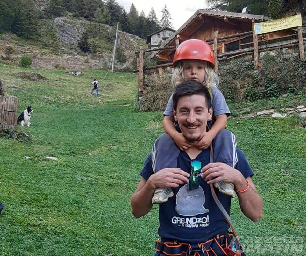 Fénis: la storia di Remy Voyat, giovane consigliere comunale e volontario nella micro in emergenza