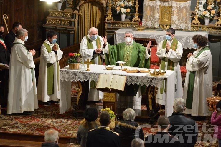 Coronavirus, il vescovo precisa: «confermate le messe, sospese Cresime e Comunioni»