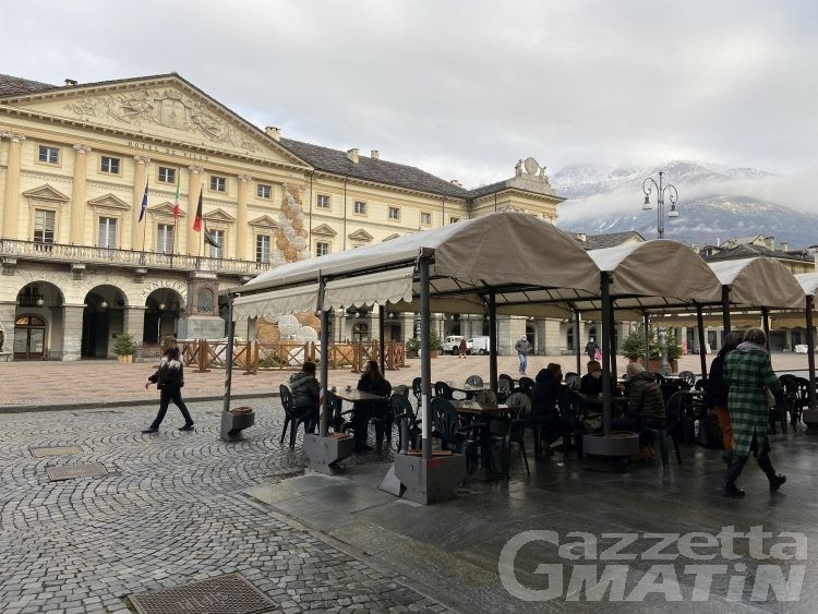 Covid, Valle d'Aosta solo 44 nuovi casi ogni 100 mila abitanti, ma zona bianca lontana