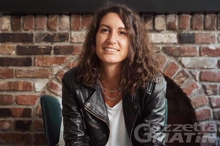 Gioielli, Nathalie Rollandin realizza 'piccole cose' con un grande cuore