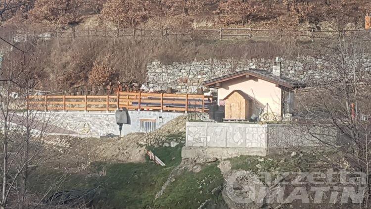 Abusi edilizi, sequestri a Quart: depositi agricoli avevano caratteristiche residenziali
