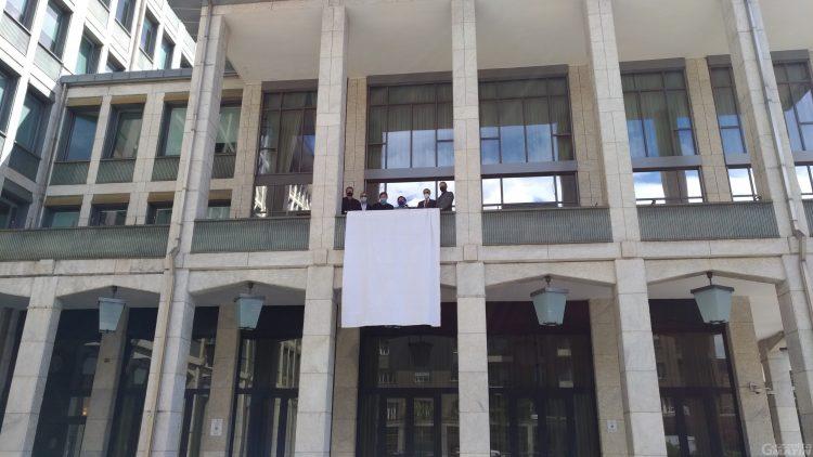 Giornata della legalità: a Palazzo regionale sventola il drappo bianco