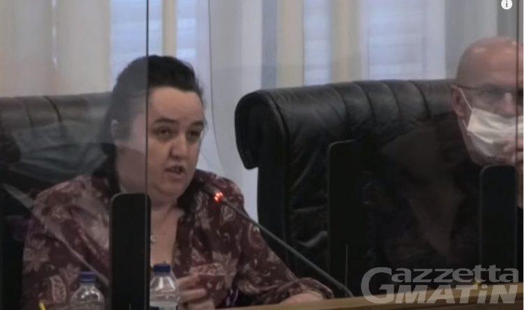 Pcp: il capogruppo Erika Guichardaz chiede verifica di maggioranza in aula, Bertin la zittisce