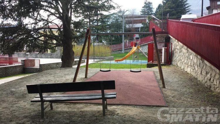 Saint-Vincent: una colorata area gioco al posto dell'ex pizzeria dei giardini Praduman