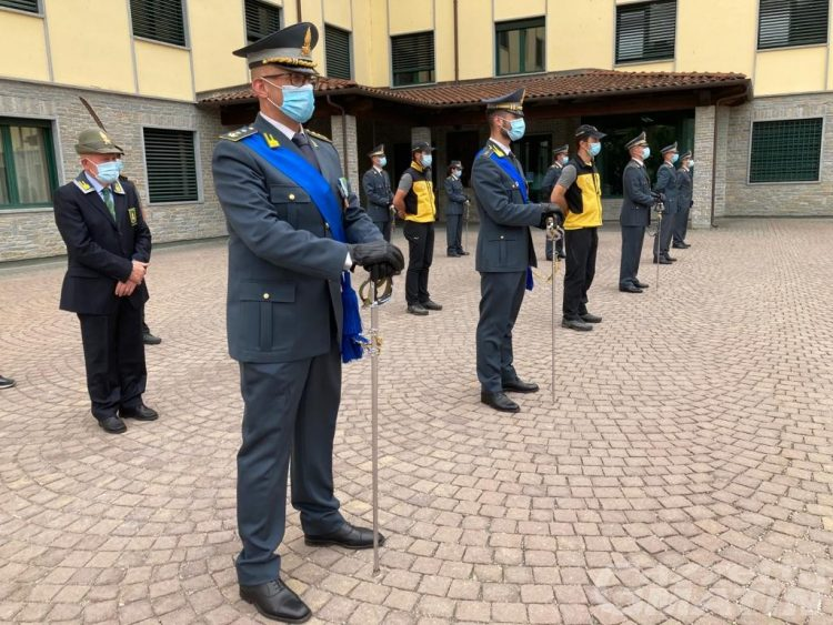 Valle d'Aosta: 8 evasori totali e 18 lavoratori in nero scoperti nel 2020 dalla Guardia di finanza