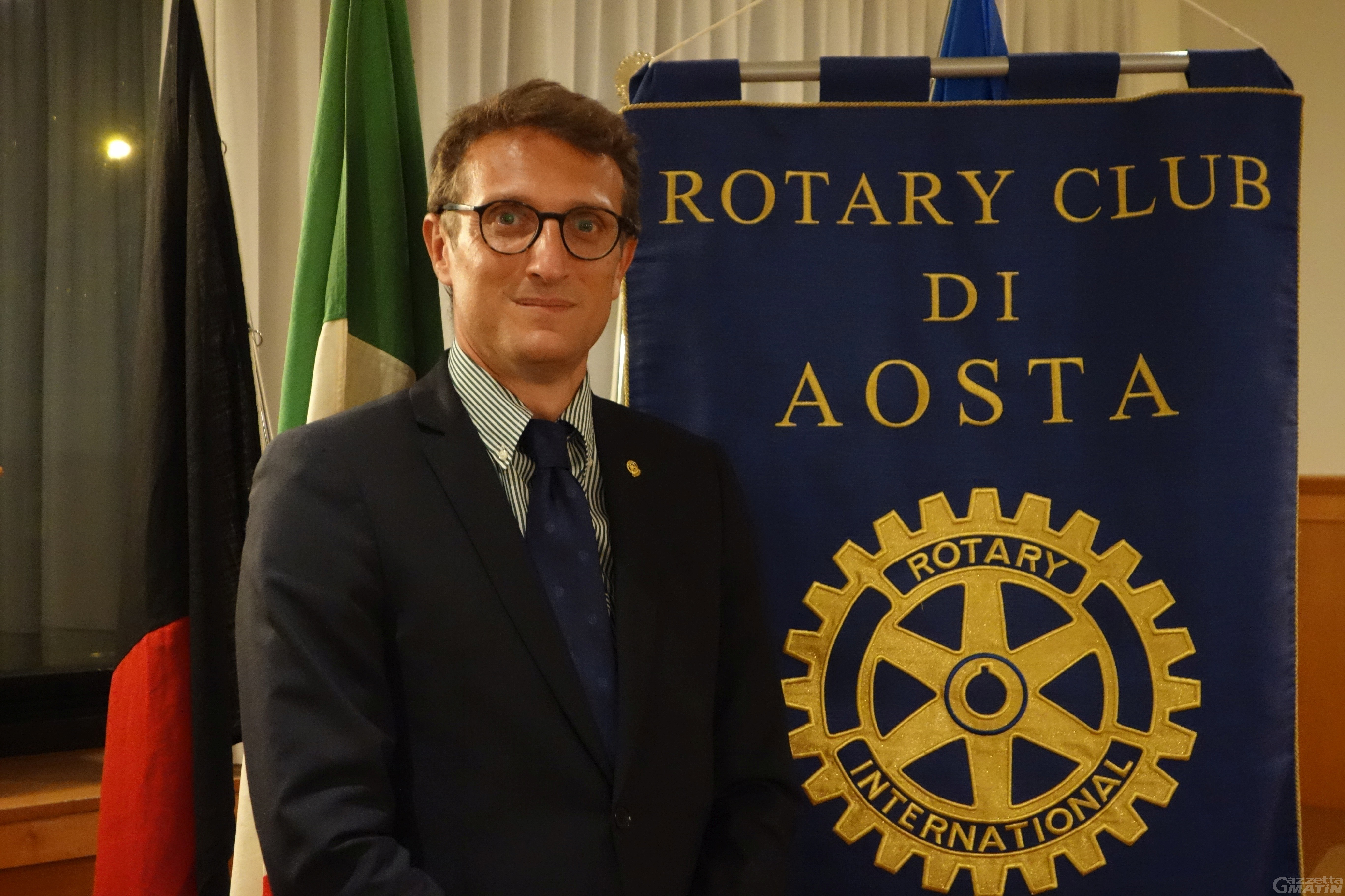 Dal Rotary Club di Aosta 4.100 euro per sostenere il recupero scolastico