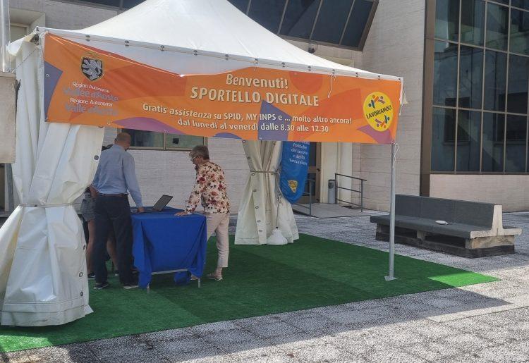 Sportello digitale: un nuovo servizio per i cittadini in piazza della Repubblica